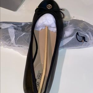 Cushion Walk black flats by Avon